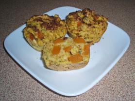 Bush tomato herb and pumkin muffin